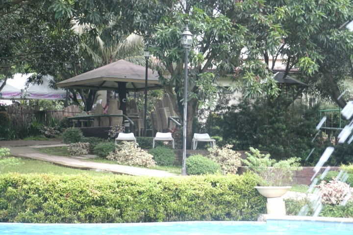 Resort Review: Pacific Waves Resort at Bulacan